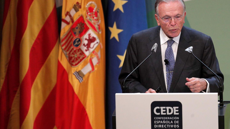 Isidre Fainé, en su intervención en el congreso de la Fundación CEDE en Valencia. (EFE)