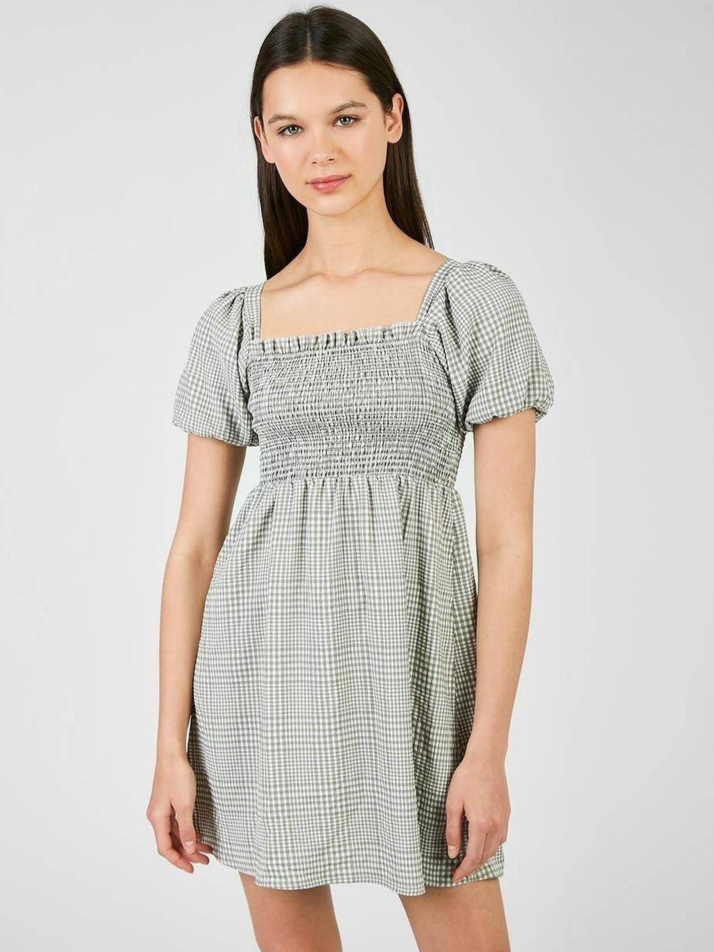 Vestido de cuadros de Naelle a la venta en El Corte Inglés. (Cortesía)