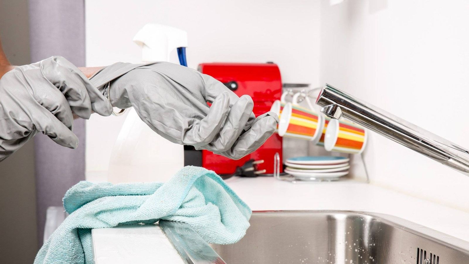 Cómo limpiar y desinfectar correctamente la casa contra el coronavirus