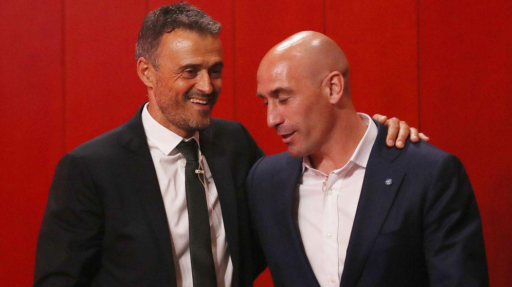 Foto: Luis Enrique y Rubiales en la presentación del exseleccionador. (Reuters)