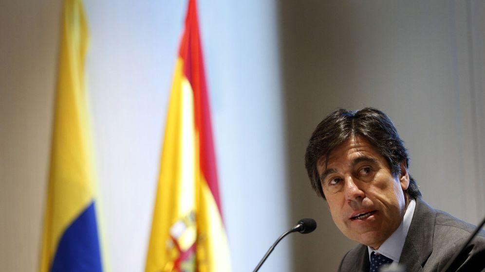 Sabadell embarga a Manrique sus casas de lujo a cambio de una quita de 40 millones