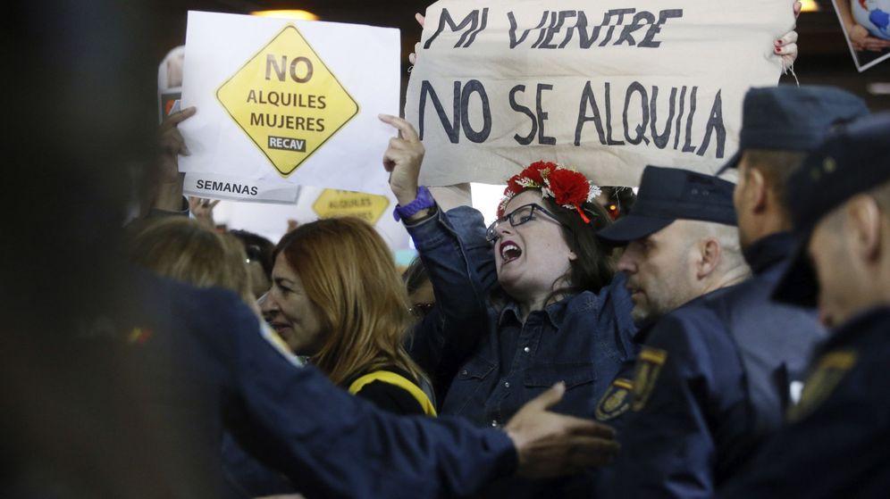 Foto:  La feria Surrofair de promoción de la gestación subrogada que se celebró en Madrid. (EFE)