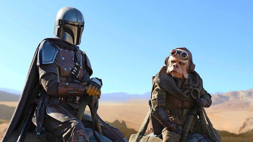 Foto: Un fotograma de 'The Mandalorian', la última serie del universo Star Wars. (Disney)