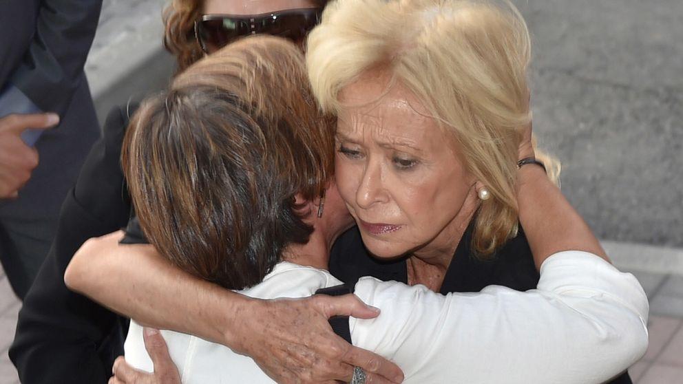 María Teresa Fernández de la Vega y Carmen Posadas despiden a Elena Arnedo