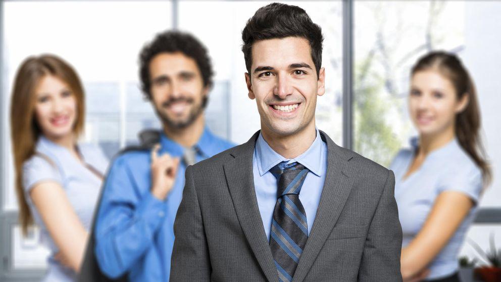 5 grandes mentiras que puedes contar en el trabajo para ascender rápido