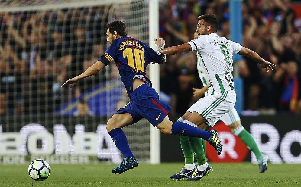 Foto: Messi, en un lance del partido Barcelona-Betis. (EFE)