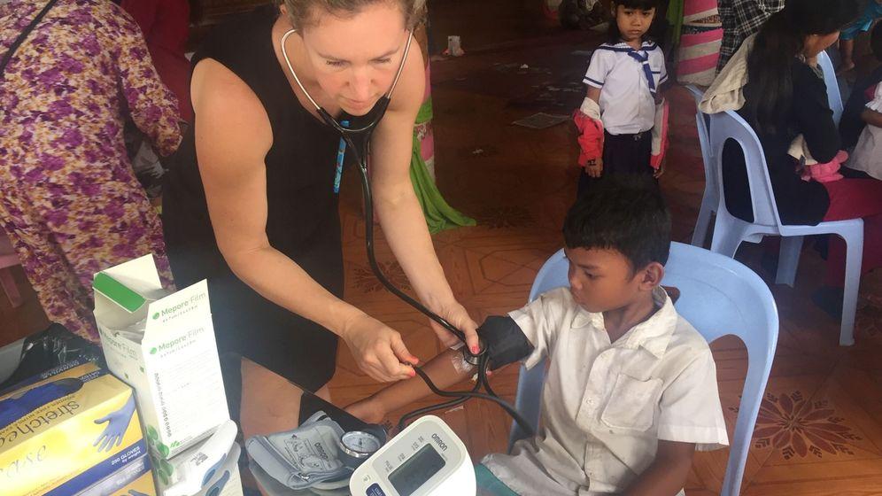 Foto: La investigadora Jessica Manning, en Camboya. (Reuters)