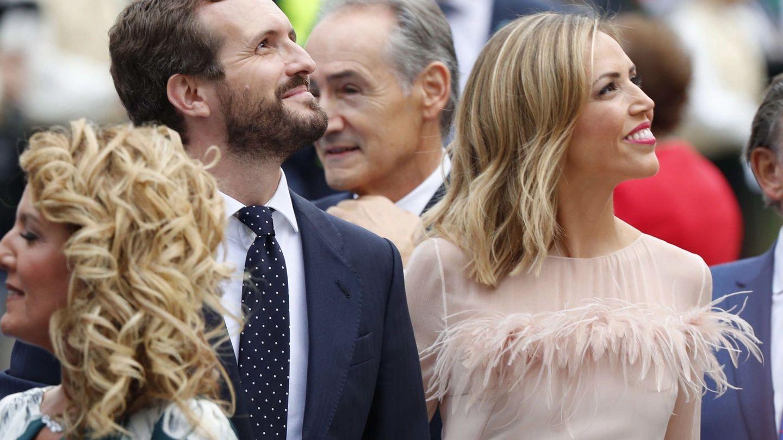 Pablo Casado e Isabel Torres, a su llegada a los Premios Princesa de Asturias 2019.  (EFE)