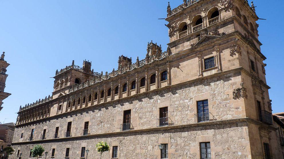 El estriptís de los Alba más allá de Liria: el clan abre sus palacios y castillos