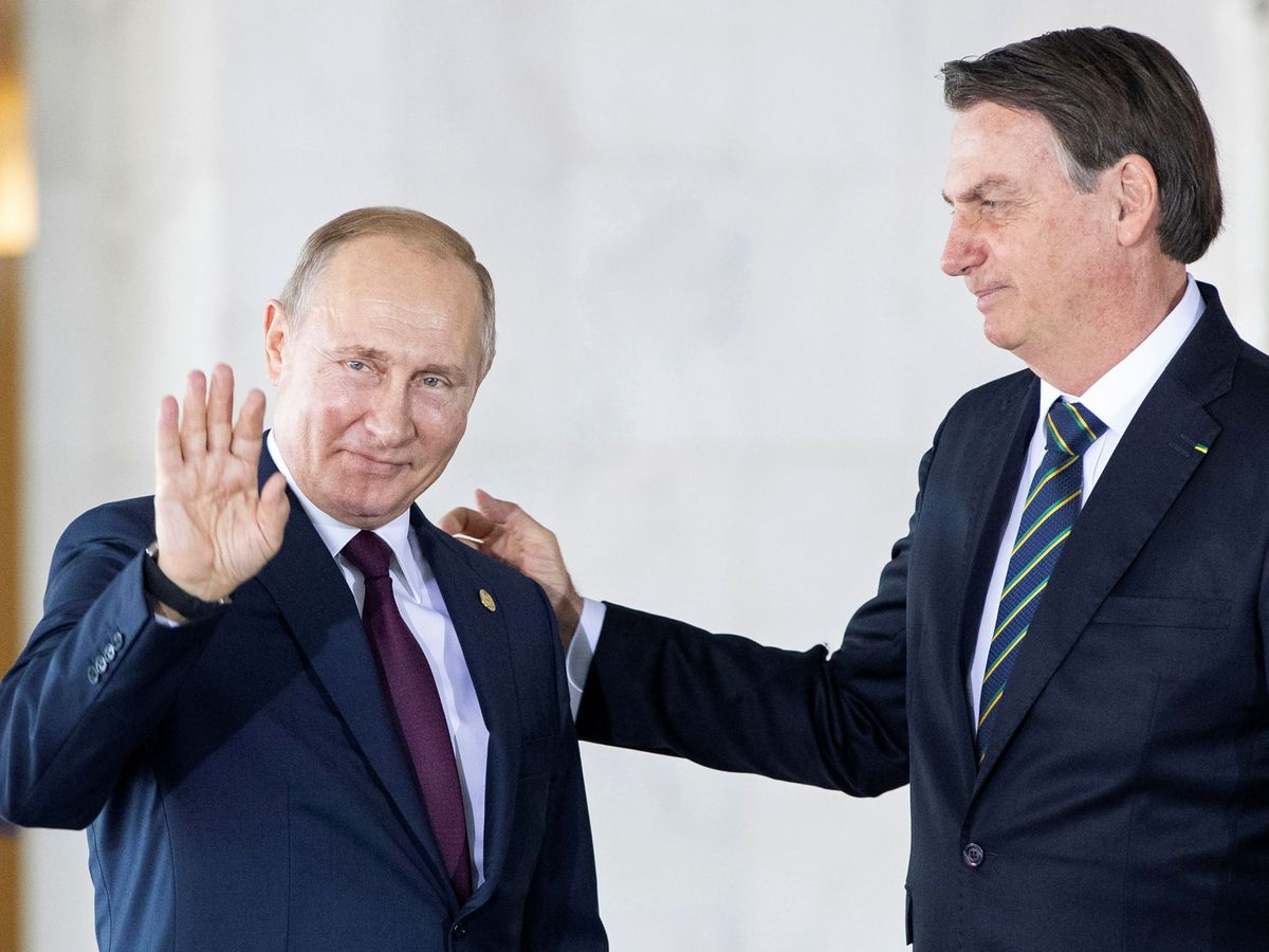 Foto: Putin junto a Bolsonaro. (Reuters)