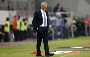 Ranieri solo dura cuatro meses en Grecia tras perder con Islas Feroe
