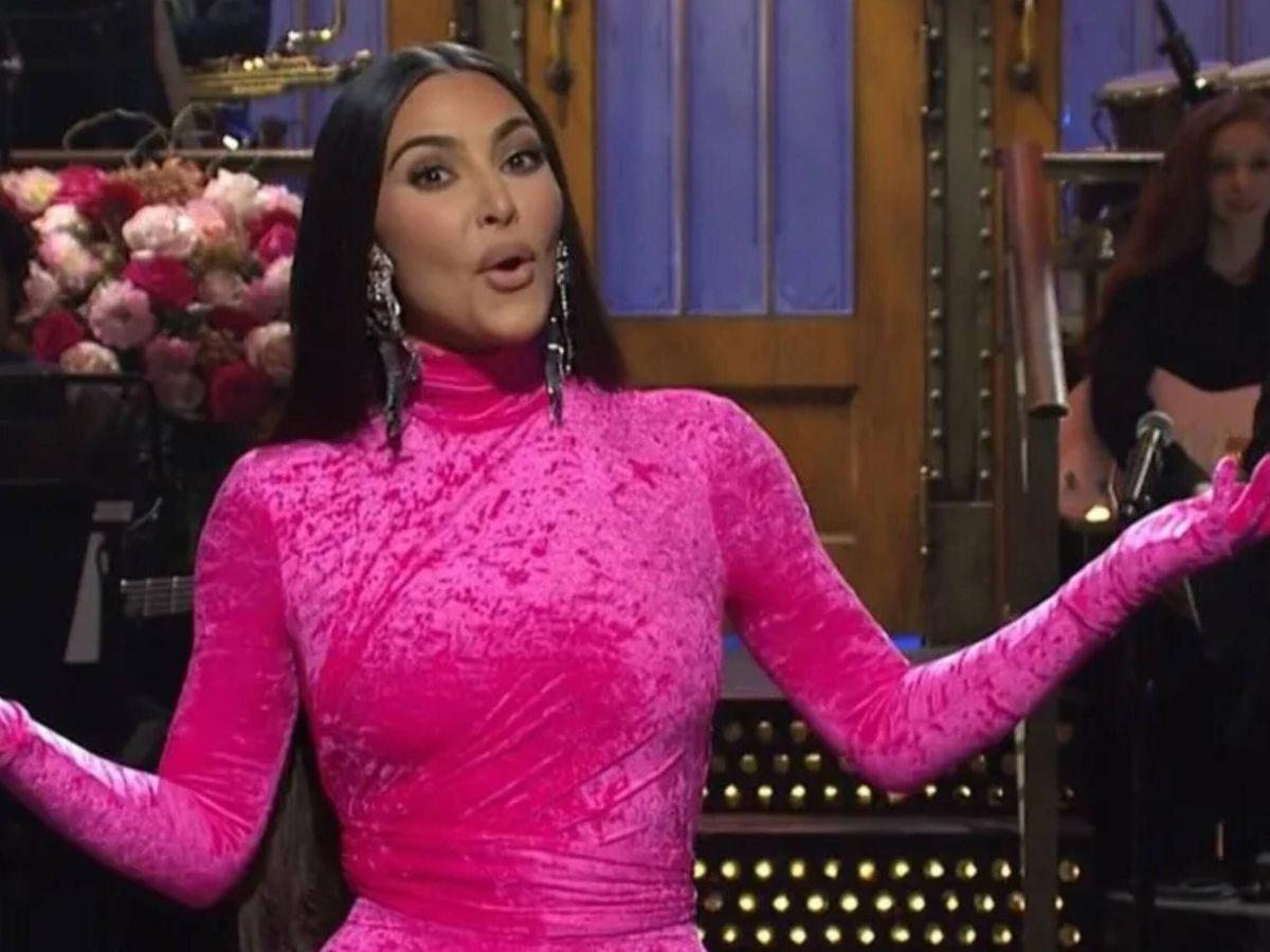 Foto: Kim Kardashian, durante su monólogo en 'Saturday Night Live' para la NBC. (Cortesía)
