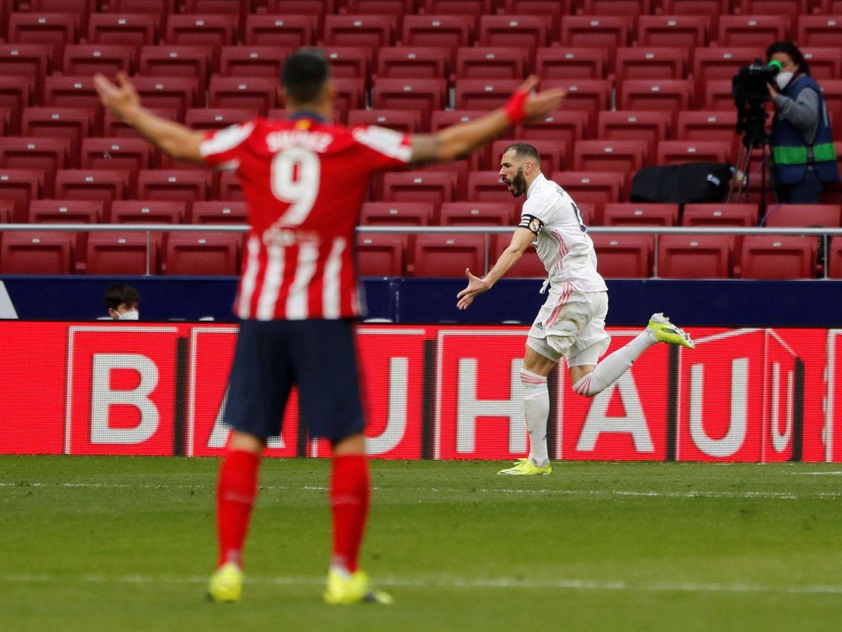 Foto: Luis Suárez se lamenta del gol tardío del Real Madrid en el derbi. (Reuters)