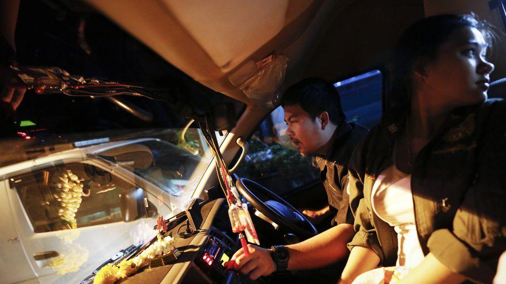 Foto: Un servicio de rescate gratuito contra los accidentes de carretera en Tailandia. (Reuters)