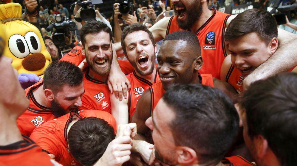 Foto: El Valencia jugará por quinta vez la final de la Eurocup tras eliminar al Hapoel Jerusalén. (EFE)