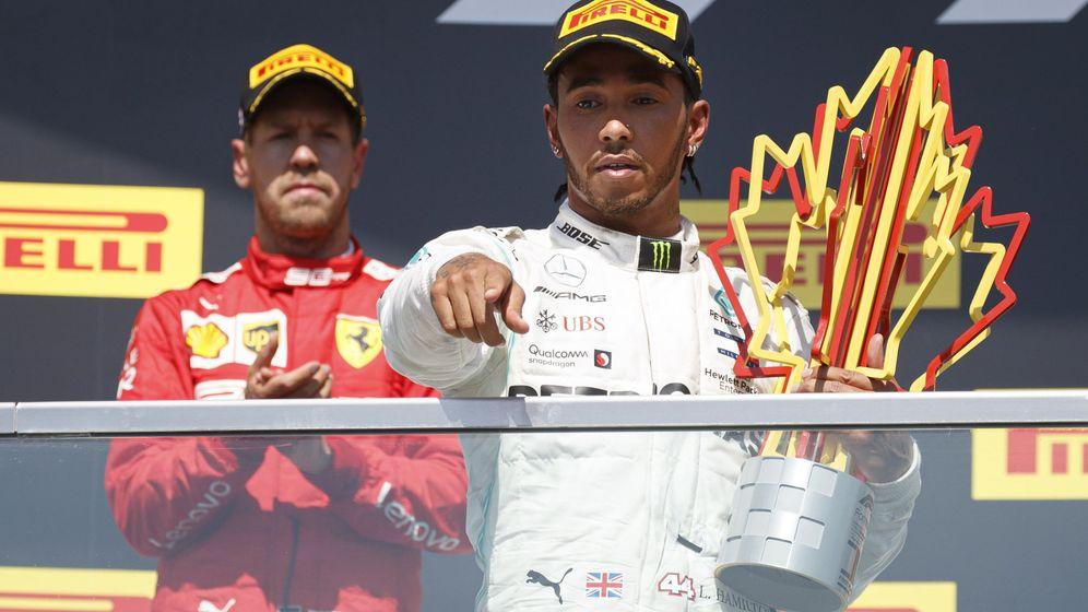 Foto: Sebastian Vettel pasó primero por la meta del GP de Canadá, pero la victoria fue para Lewis Hamilton. (EFE)