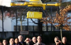 La alemana DHL corrobora a Amazon con la primera entrega mediante 'drones'