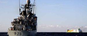 """Foto: Londres convoca a Trillo por las """"provocadoras"""" incursiones de la Armada en Gibraltar"""
