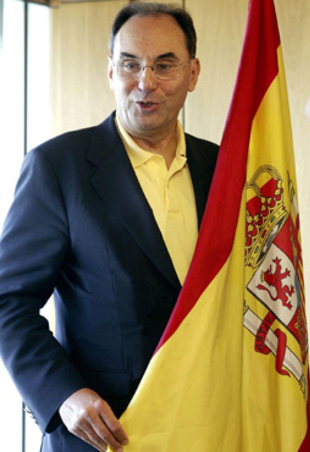 """Foto: Vidal-Quadras: """"Hay que suspender la autonomía vasca para que Ibarretxe se entere de lo que vale un peine"""""""