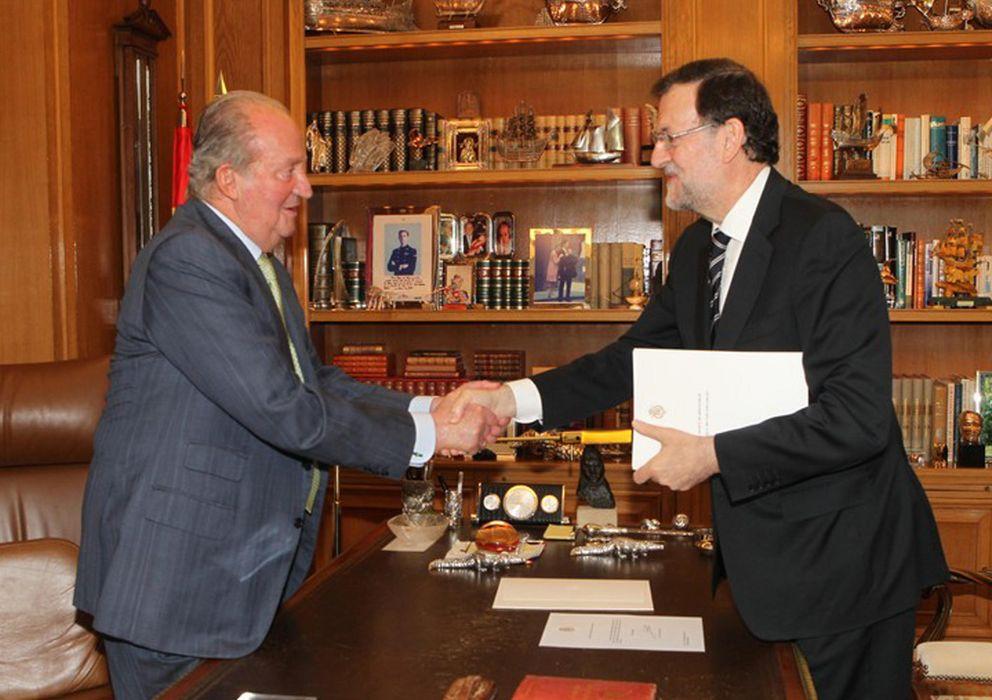 Foto: El rey Juan Carlos y Mariano Rajoy. (Gtres)