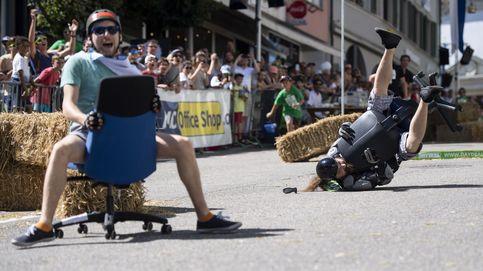 Carreras de sillas de oficina y Antonio Banderas premiado en CineMerit: el día en fotos