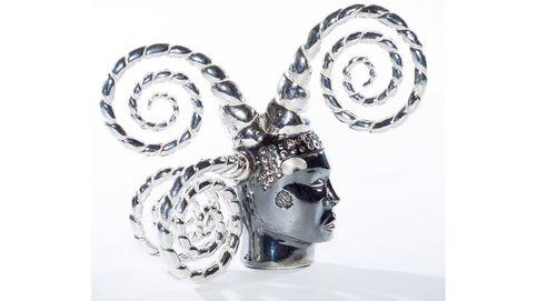 Joyas creadas por artistas: lo sublime hecho miniatura