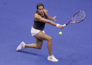 Mauresmo se une a Sharapova en las semifinales del Masters Femenino