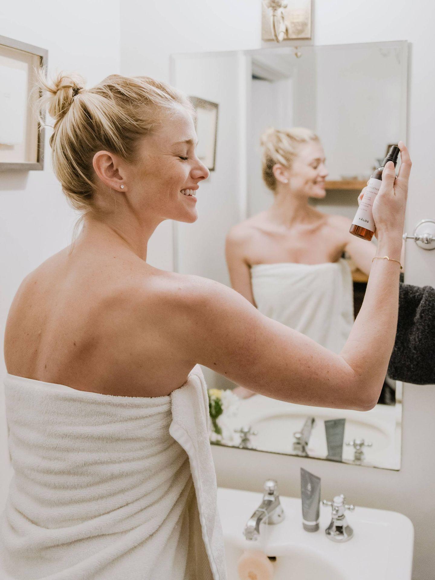 Tu tipo de piel y tus preferencias cosméticas son claves para dar con tu limpiador facial ideal. (Kalos Skincare para Unsplash)