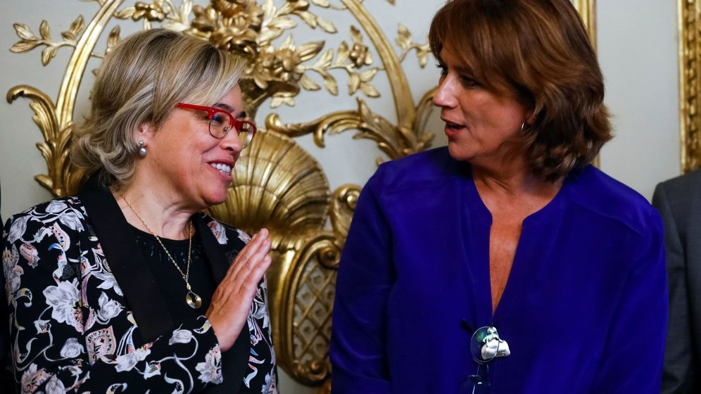 Foto: La abogada general del Estado, con la ministra Delgado. (EFE)