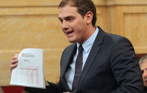 Rivera fustiga a Mas con  el documento del CNI catalán
