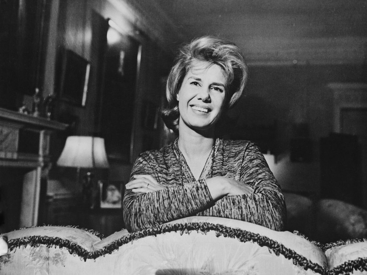 Foto:  La duquesa de Alba, en el palacio de Liria, 1961. (Getty)