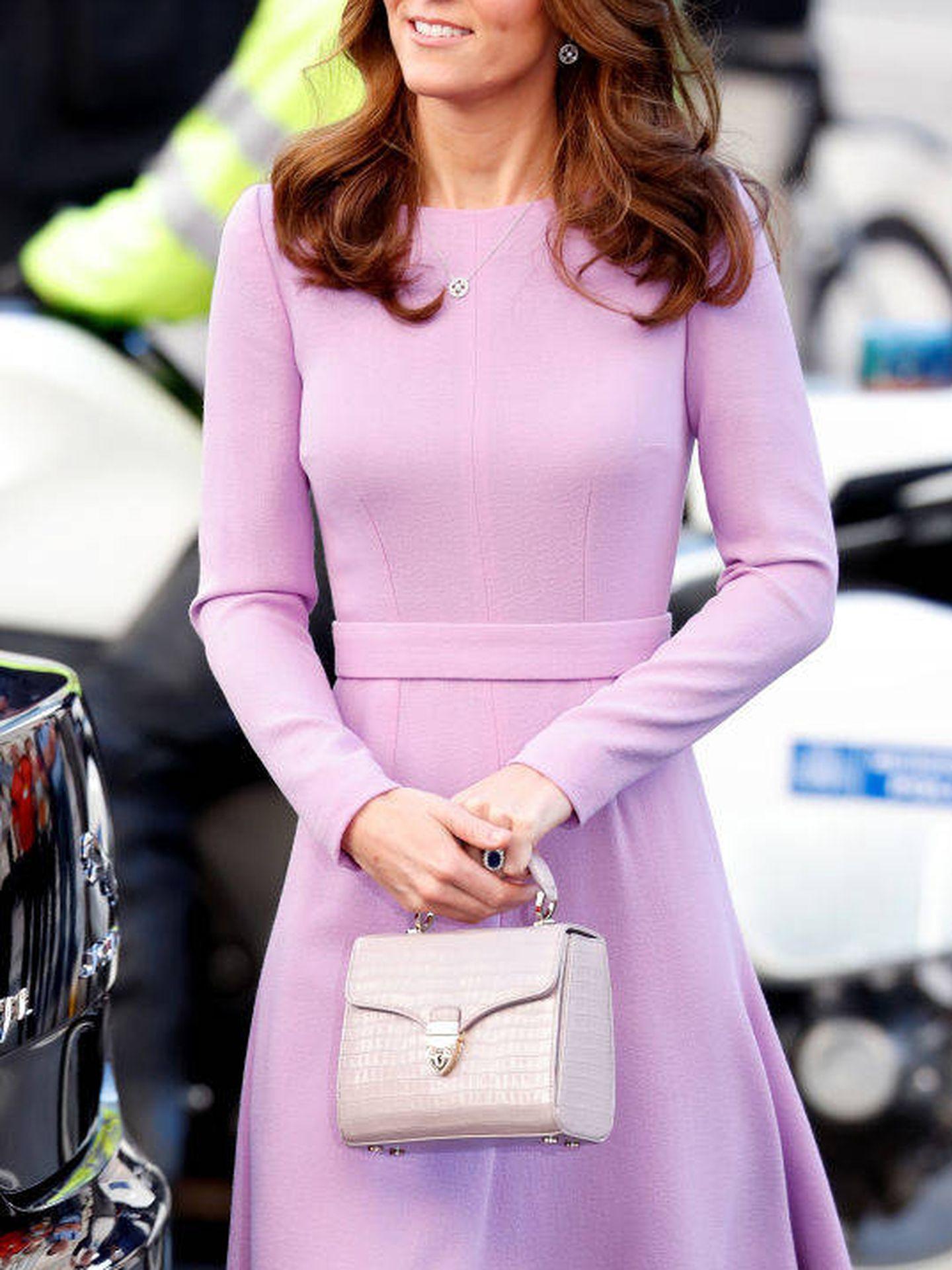 Kate Middleton, con un vestido lila. (Getty)