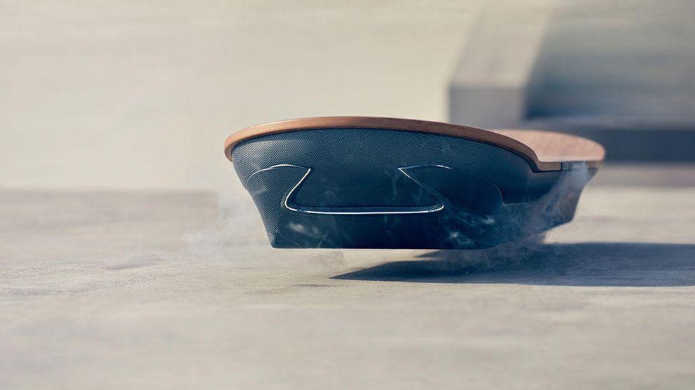 Lexus se une a la carrera por crear el aeropatín de 'Regreso al futuro'