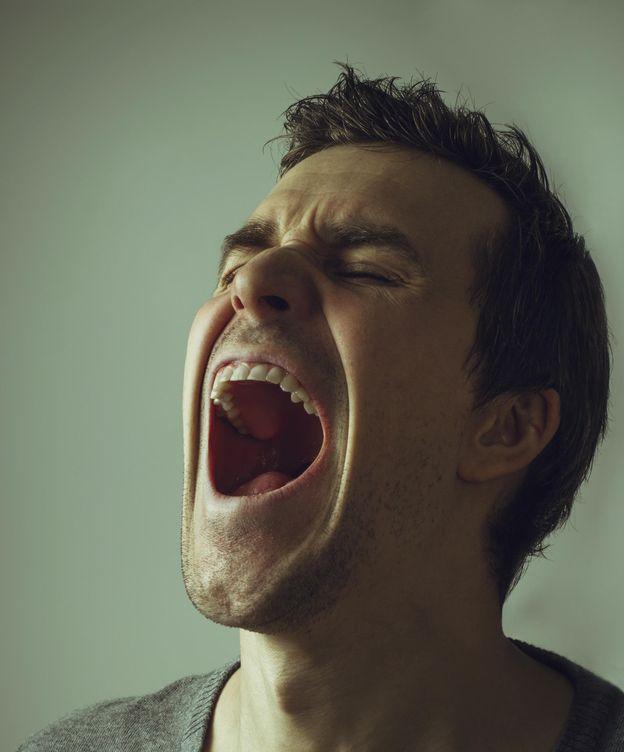 Foto: Maldecir puede servir para aliviar el dolor. (iStock)
