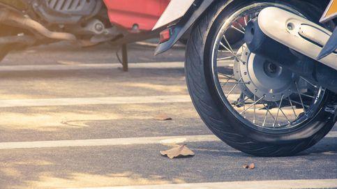 ¿Puedo aparcar varias motos en una sola plaza de garaje?