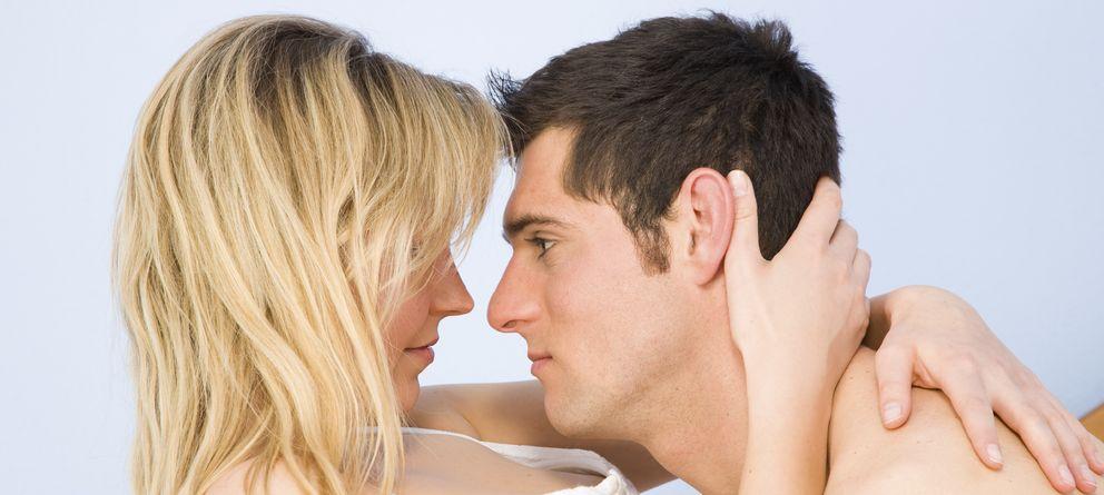 Foto: El amor y el compromiso convierten las relaciones en más satisfactorias, según un estudio. (iStock)
