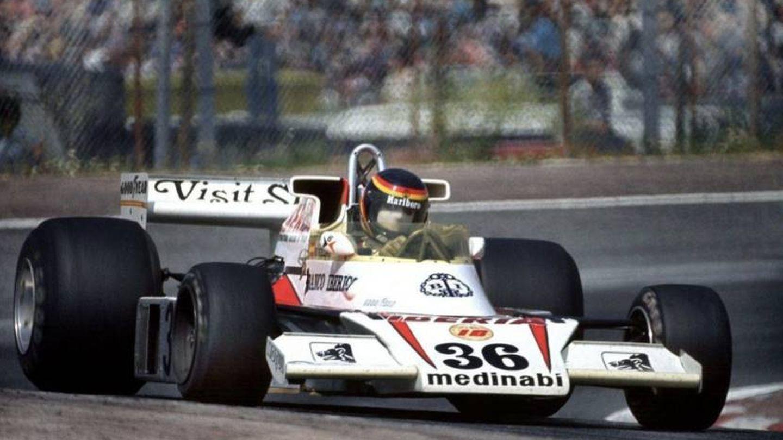 Emilio de Villota, en el GP de España de 1977 con el McLaren M23 de James Hunt del año anterior