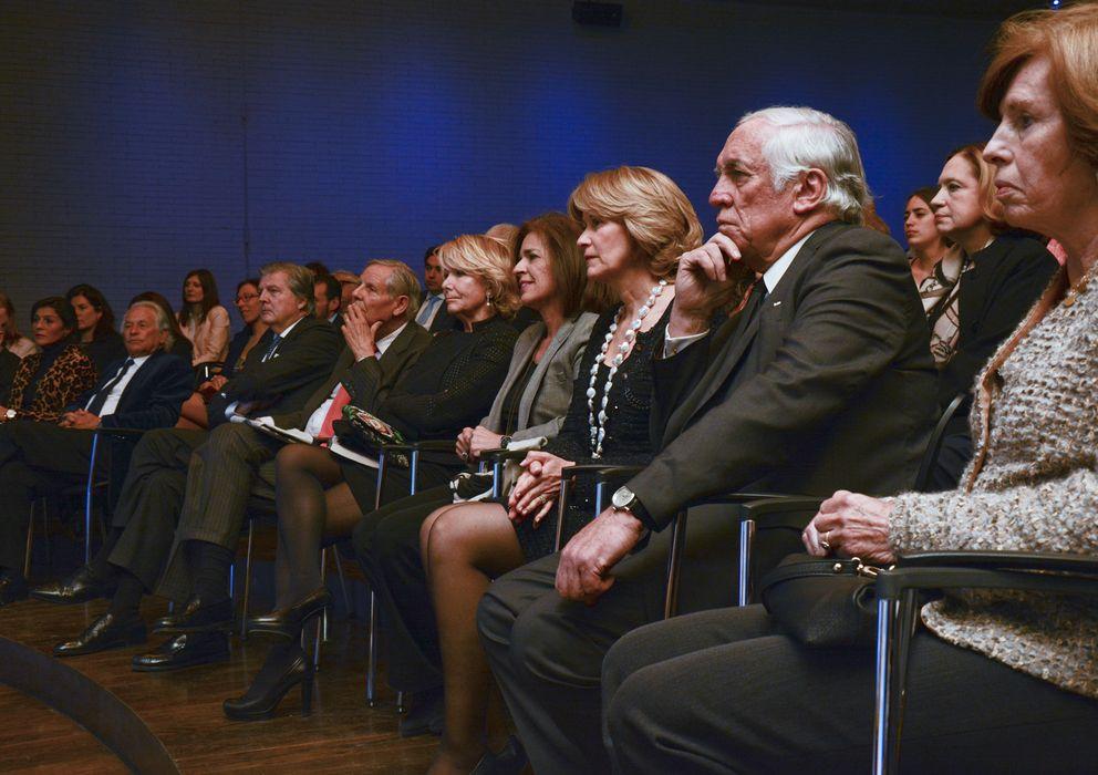 Foto: 'Front row' de la presentación del libro 'Memorias olvidadas' de Andrés Pastrana (Fotografía cedida por Casa de América)