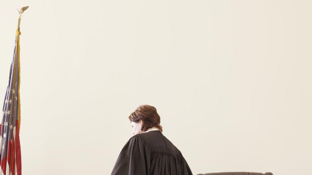 Foto: Los jueces con carreras de 15 o 20 años ganan 4.000 euros. (CORBIS)