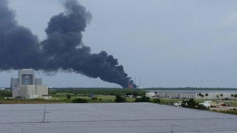 Explota un cohete Falcon 9 de SpaceX durante una prueba de los motores