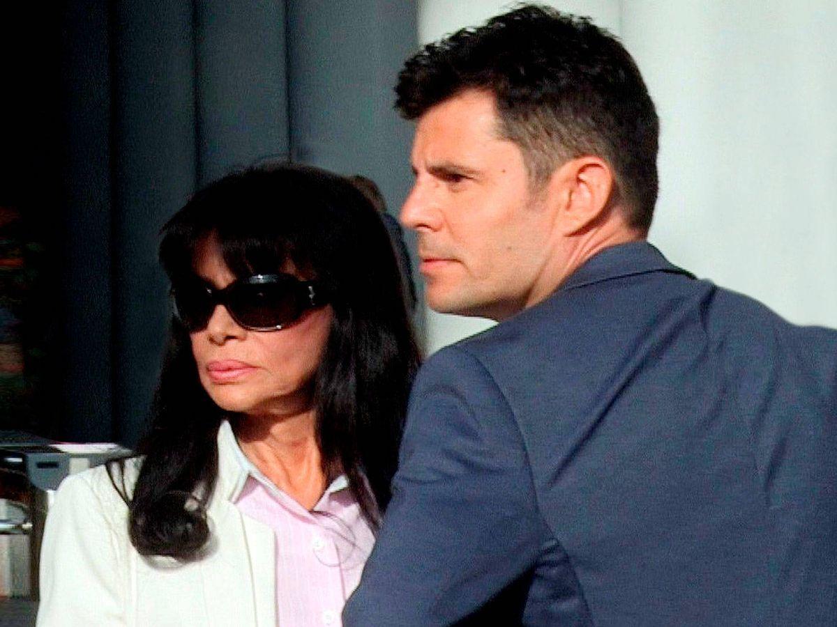 Foto: Javier Sánchez y su madre. (EFE)