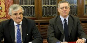 Foto: Los viajes de Dívar apuntillan el prestigio judicial ante el silencio de Gallardón