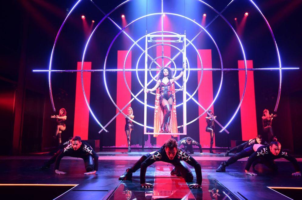 Foto: Fela Domínguez se convierte en Whitney Houston en 'El guardaespaldas, el musical'. (N. A.)