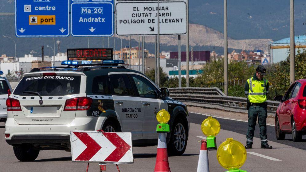 Foto: La Guardia Civil reforzará los controles esta Semana Santa. (EFE)