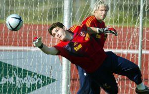 Cañizares cree que Iker no iría con España si De Gea pasa a ser titular