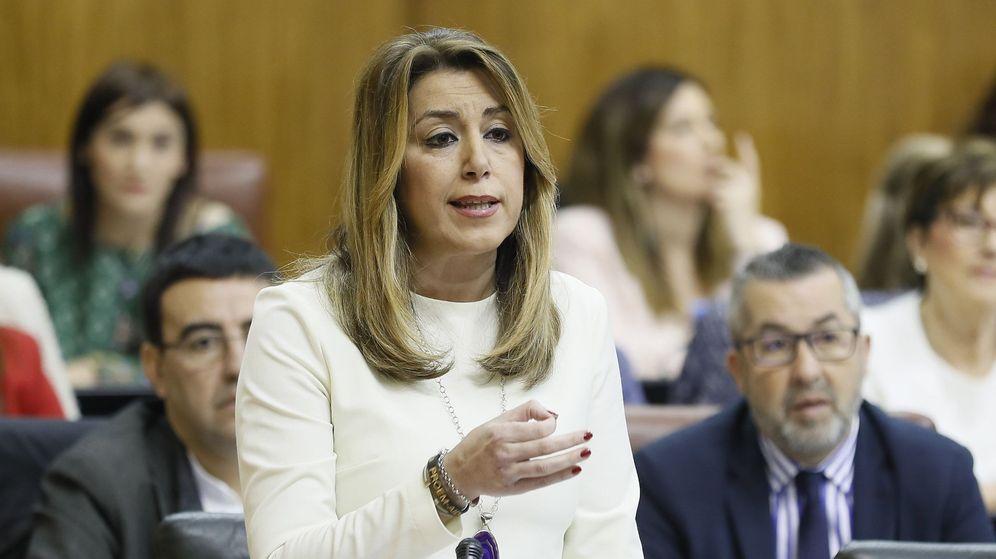 Foto: Susana Díaz, en el pleno del Parlamento andaluz. (EFE)