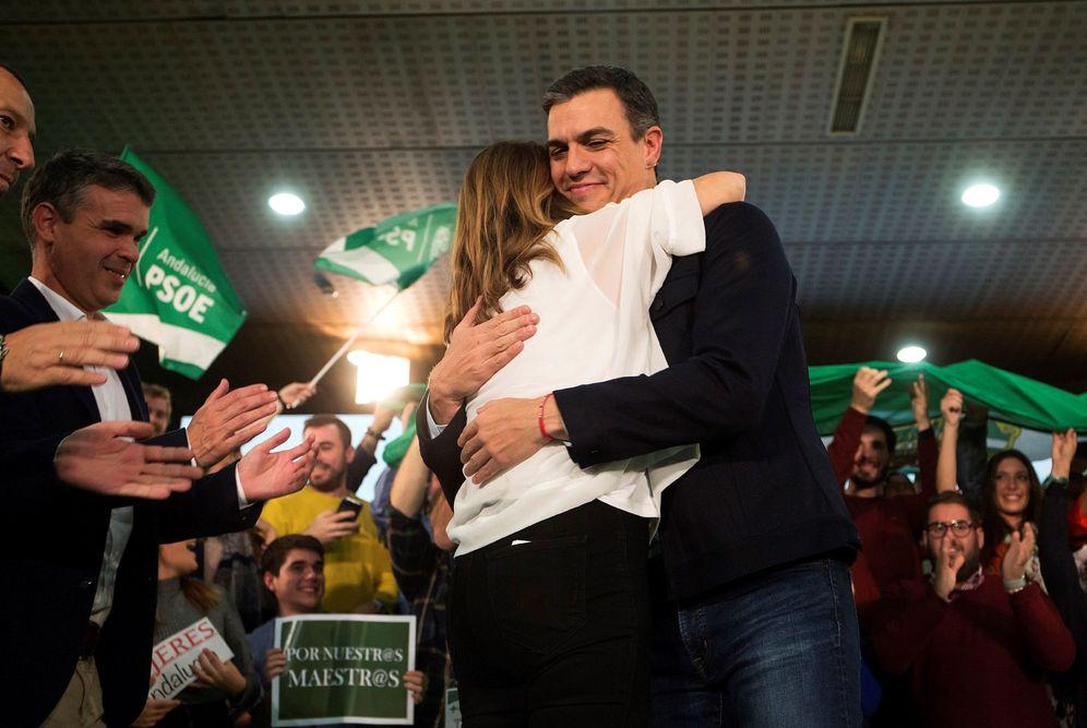 Foto: Pedro Sánchez y Susana Díaz, este 27 de noviembre en Marbella, en su segundo y último mitin de campaña juntos. (EFE)
