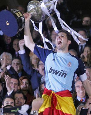 'Coitus interruptus' del estreno de Iker Casillas en Twitter