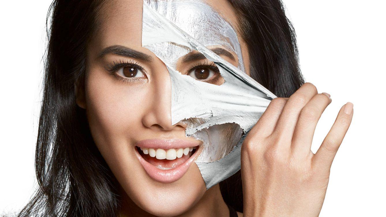 Mascarillas prefiesta: el secreto para un rostro de celebrity en cinco minutos