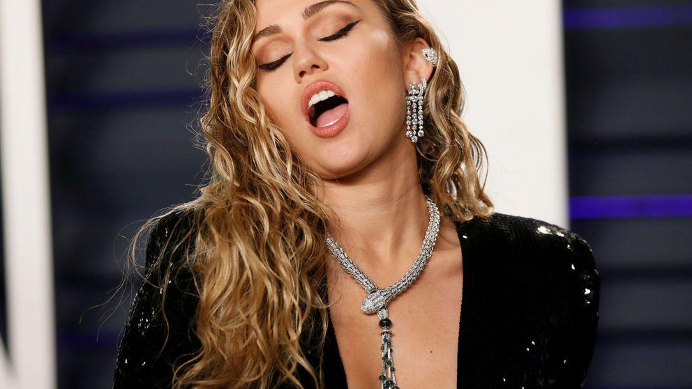 Miley Cyrus, 'en bolas' con su último y retro look de belleza